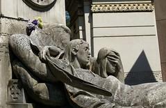 The crypt of Zaira Brivio - Milan, 1896 (ashabot) Tags: milan milano cimiteromonumentale monumentcemetery statues cemetery cemeteries mementomori art