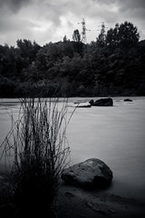 Arve (alOuest Deden) Tags: france hautesavoie landscape paysage sel35f28z sonycarlzeiss3528 sonyilce7 bw expositionlongue longexposure nb