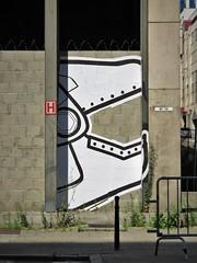 Satu / Bruxelles - 21 jul 2017 (Ferdinand 'Ferre' Feys) Tags: bxl brussels bruxelles brussel belgium belgique belgië streetart artdelarue graffitiart graffiti graff urbanart urbanarte arteurbano ferdinandfeys pasteup wheatpaste satu bestof2017be