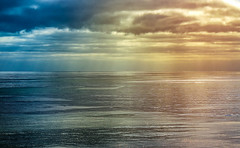 Perfect Pacific (Amazing Aperture Photography) Tags: seascape ocean sea pacific pacificocean sunset water horizon colors beautiful sonya6000 cruise sail navigate vacation sky clouds