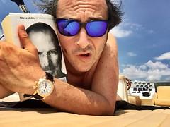 Stay hungry....stay foolish (ioriogiovanni10) Tags: folli pazzi barca stevejobs apple canon nikon eberhard oakley book libro lettura iphone buonaserata