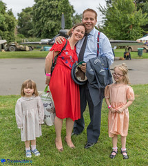 Vintage 4 Victory (Threewaters Photography) Tags: vintage 4 victory whitchurch wales fashion 40's good food elle pocket belles mrb gentleman rhymer celtic pride pipes spitfire bar little red bus poppy appeal