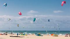 Bon Estiu !!! (Vicent Granell) Tags: granellretratscanon estiu 2017 mar terra aire nuvols nubes vent color kate surf mirada visió composició personal perellonet