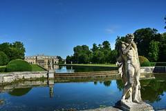 Statue (giannipiras555) Tags: villa veneto museo arte panorama italia palladio architettura acqua riflessi
