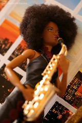 soul queen (photos4dreams) Tags: queenp4d barbie mattel doll toy diorama photos4dreams p4d photos4dreamz barbies girl play fashion fashionistas outfit kleider mode puppenstube tabletopphotography aa beauties beautiful girls women ladies damen weiblich female funky afroamerican afro schnitt hair haare afrolook darkskin