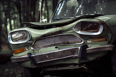 Sad car (Herr Olsen) Tags: sad car solingern wiesenkotten solingen unterburg citroen ami 8