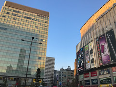 Iconic towers in Akihabara (@nikondxfx (instagram)) Tags: japan nikon akihabara electronics district railstation iphone iphoneography iphone7plus shadow building towers