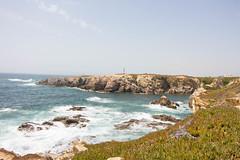 Cabo Sardao (Anyore) Tags: portugal europe europa costa coast water sea lighthouse phare green ver faro algarve aletenjo cliff falaise ocean atlantique summer canon canoneos700d canon1018 wideangle
