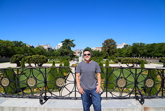 2017 SPM0041 Teddy Eckman III in Jardines del Buen Retiro (Buen Retiro Park) in Madrid, Spain (teckman) Tags: 2017 europe jardinesdelbuenretiro madrid spain teddyeckmaniii thadalleneckmaniii comunidaddemadrid es