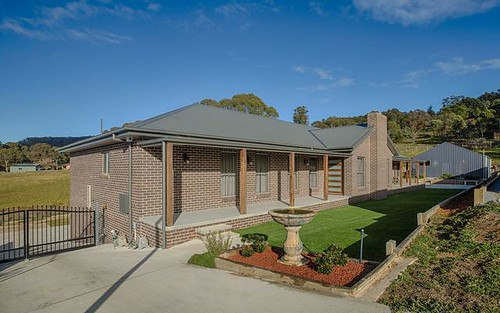 36 Surveyors Way, Lithgow NSW
