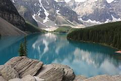 Natures' Mastepiece (bbosica20) Tags: canada canadianrockies glacierlakes lakemorraine banffnationalpark letexplore adventure hiking mountainlakes absolutelystunningscapes