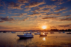 Mudeford Harbour (Andy Lovelock) Tags: sunset sun clouds boats sea tide horizon evening mudeford dorset england andy andylovelock andylovelockphotography reflections moody uplifting golden shadow
