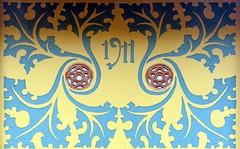 Barcelona - Casafranca 006 c (Arnim Schulz) Tags: modernisme modernismo barcelona artnouveau stilefloreale jugendstil cataluña catalunya catalonia katalonien arquitectura architecture architektur spanien spain espagne españa espanya belleepoque outerwall wall wand pared paret mur murs decorativo decorative dekorativ verzierung art arte kunst baukunst building gebäude edificio bâtiment sgraffite gaudí pattern deco sgraffito esgrafiat esgrafiado liberty textur texture muster textura decoración dekoration deko ornament ornamento