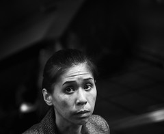 emergent (dr.milker) Tags: taiwan taipei station mrt dongmen bw blackandwhite blancoynegro noiretblanc monochrome woman people street 台灣 台北 捷運站 東門 手扶梯 女人 黑白 都市 街拍 urban