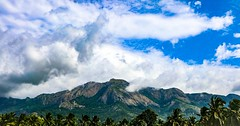 Moutain in the distance (madhav8007) Tags: mountain horizon