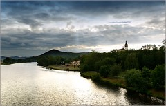 Litomerice-river Elbe in the evening (piontrhouseselski) Tags: cz boheamia litommerice labe evening