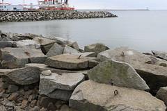 Sassnitz, am Hafen, mit Ösen (julia_HalleFotoFan) Tags: rügen sassnitz fährhafensassnitz offshoreterminal hafen ostsee jasmund