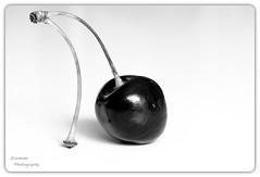 Cherry (ICEMANN006) Tags: cerise explored bw single seul fruit cherry kirsche makro
