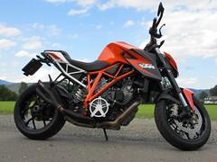KTM Super Duke 1290 (1) (elgaspoo) Tags: ktm super duke 1290 hurric bike auspuff motorrad orange weiss