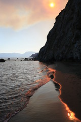 Zakynthos_Dafni_beach_strange_atmo_fire! (spicros78) Tags: zakynthos fire beach canon17404l canon5dclassic sea summer2017