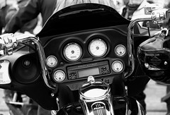 Harley-Davidson FLHX. (SkipperWP) Tags: art flhx harleydavidson motorcycle bike motorcycles american us monochrome bw blackwhite blackandwhite batwing fairing artinbw fineart fineartphotography