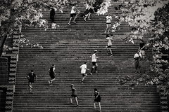zig-zag [EXPLORED] (Dirty Thumper) Tags: sonyphotographing sony alpha a7 a7ii ilcea7m2 ilce mirrorless minolta mc sr 200mm prime legacy vintage manual tele telephoto mf bw monochrome travel city street stairs montjuic park runners jogging barcelona catalonia catalunya cataluña spain run training