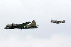 1944 Boeing B-17G Flying Fortress 124485/G-BEDF and 1944 North American P-51D Mustang KH774/G-SHWN - Flying Legends, Duxford 2017 (anorakin) Tags: 1944 boeing boeingb17 boeingb17flyingfortress b17g flyingfortress b17 124485 gbedf sallyb northamerican northamericanp51 northamericanp51mustang p51mustang p51dmustang mustang p51 p51d kh774 gshwn flyinglegends duxford