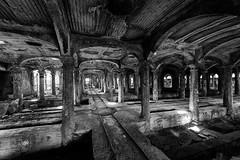 The good way (www.jeanpierrerieu.fr) Tags: wwwjeanpierrerieufr abandonné abandoned exploration explorationurbaine urban urbex urbaine forgotten friche forbidden italie