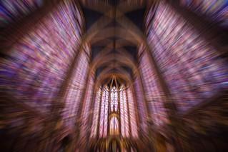 Light Travel - Paris Sainte Chapelle