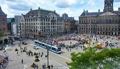 Langs de lijn: De voorstelling (Peter ( phonepics only) Eijkman) Tags: amsterdam city combino gvb tram transport trams tramtracks rail rails strassenbahn streetcars trolley nederland netherlands nederlandse noordholland holland