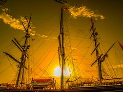 Itaca (Jesus_l) Tags: europa italia sicilia siracusa isladeortigia mar barco jesúsl