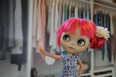 303/365 What to wear? (omgdolls) Tags: blythedoll blythe blythe365 adelaideskye dollypunk21 pureneemobody pink