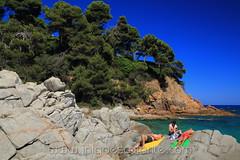 Calas de Lloret de Mar - Girona (Iñigo Escalante) Tags: cataluña girona gerona españa costa brava mar azul verde cala playa beach summer verano
