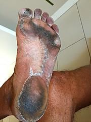 13,5 km running (danragh) Tags: dirty feet runner soles