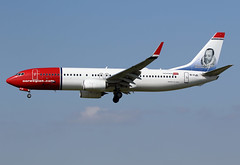 "26 février 2017 - NORWEGIAN  AIR  INTERNATIONAL - Boeing  B 737-800  (EI-FJD)  ""Miguel de Cervantes livery"" - LEBL - BCN (gimbellet) Tags: canon nikon spotting spotter boeing bcn barcelone barcelona elprat lebl planes transport transportation a320 a330 a380 aviation airplanes a340 airbus aircraft avions aeroport atr airport a350 aeronautique airplane aeroplane b737"