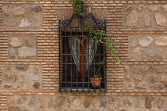 Tolède (hans pohl) Tags: espagne castillelamanche toledo architecture fenêtres windows façades
