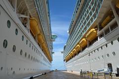 Liberty of the Seas (Jeffrey Neihart) Tags: jeffreyneihart nikon nikkor nikond5100 nikon1855mm ship caribbean royalcaribbean libertyoftheseas marineroftheseas pier