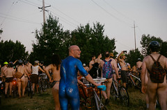 World Naked Bike Ride, Portland 2017 (Brian McGloin) Tags: wnbr worldnakedbikeride naked nude bicycle brianmcgloin canon50mmf18 cascadia leica lomography400film m42 portland photographer photography photojournalist fernhillpark 2017
