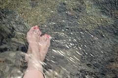 Julio. Feet (inma F) Tags: agua charco lava lossilos mar paisaje piedra pies playa roca