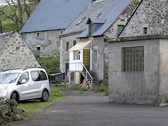 Quelques Nuances Dégrisent ... by La Godivelle. (my backyards) Tags: la godivelle nuances gris