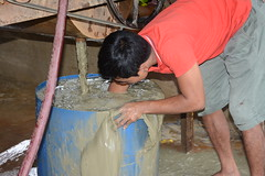 A worker handles mercury with bare hands small-scale gold mines in Camarines Norte (ILO in Asia and the Pacific) Tags: childlabour decentwork philippines mining povertyreduction everydaylifeandfamily localeconomicandruraldevelopment safetyandhealth educationskillsandtraining employment workingconditions