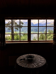 I hytta -|- In the cabin (erlingsi) Tags: cabin hytte window vindu fenster fjelbygda sandane gloppen noreg øvrebu windowview