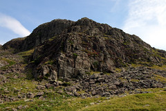 Raven crag (Cumberland Patriot) Tags: raven crag western fells hardknott wrynose pass head gill beck stream water valley vale cumbria cumbrian mountains view walk fell mountain hill peak scree rock rocks rocky english lake district national park green verdant landscape narrow steep twisty road