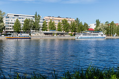 Hämeenlinna / Aikamatkaajat (Tuomo Lindfors) Tags: hämeenlinna suomi finland aikamatkaajat alienskin exposure vesi water vanajavesi järvi lake laiva boat