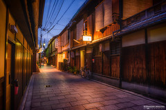 Gion district at night (Alexander.Weichsel.Photography) Tags: japan kyoto night gion