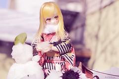 Snowy day (Dollymoe) Tags: obitsu obitsuanime anime doll dollymoe toy snow kimono オビツ オビツ24