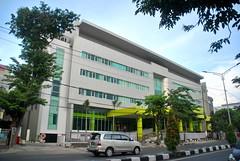 RSUD Dr Soetomo Surabaya (Everyone Sinks Starco (using album)) Tags: surabaya eastjava jawatimur building gedung architecture arsitektur rumahsakit hospital