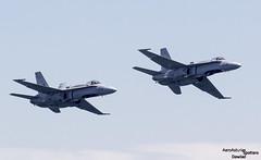 Dos F-18 Hornet volando juntos (Dawlad Ast) Tags: asturias gijon air show festival aereo 2017 san lorenzo bahia aviones planes airplanes españa spain julio july mcdonnell douglas ef18a hornet c1548 ejercito del aire sn 762a562 c1560 842a582 f18 caza