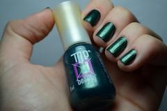 1C 10M 10A # Cintilante: Full Moon - Top Beauty. (Raíssa S. (:) Tags: esmalte green verde unhas shimmer cintilante nails nailpolish naillacquer nailpainting topbeauty