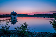 Reservoir at Dusk (The Flying Inn) Tags: nature newcastlecounty newark water delaware evening park reflection reservoir sunset unitedstates us canonef35mmf14liiusm canoneos5dmarkiv